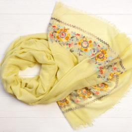 Модні шарфи для жінок.