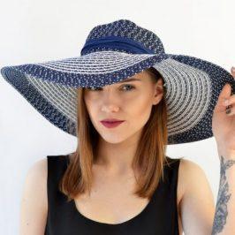 Жіночі капелюшки – важливий атрибут гардероба.