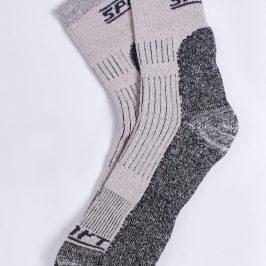 Купити термошкарпетки. Типи матеріалів, які використовуються.