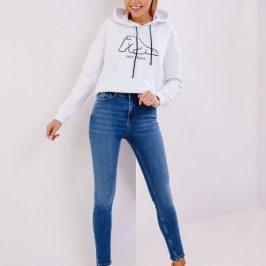 Як правильно носити джинси із завищеною талією?