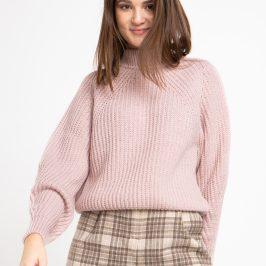Купити шорти або як правильно їх носити в холодну пору року?